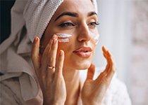 Protéger sa peau du froid avec les soins cocooning de l'hiver !